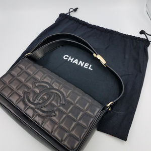 Authentic CHANEL Black Lambskin Clutch  #864223